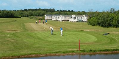 Hopton Holiday Village Golf