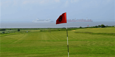 Allhallows Leisure Park Golf