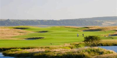 Mychynys Peninsula Golf & Country Club